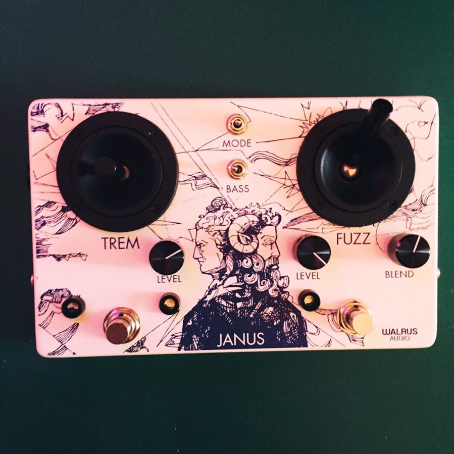 Walrus Audio – Janus TremoloFuzz